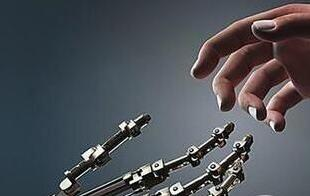 英特尔:与Facebook合作开发人工智能芯片 挑战英伟达