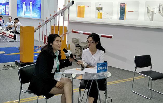 深圳安博会德亚无人值守掀热潮 媒体专访争相报道